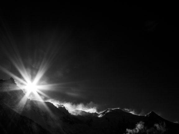 Dark Moutain, photos noir et blanc depuis Chamonix